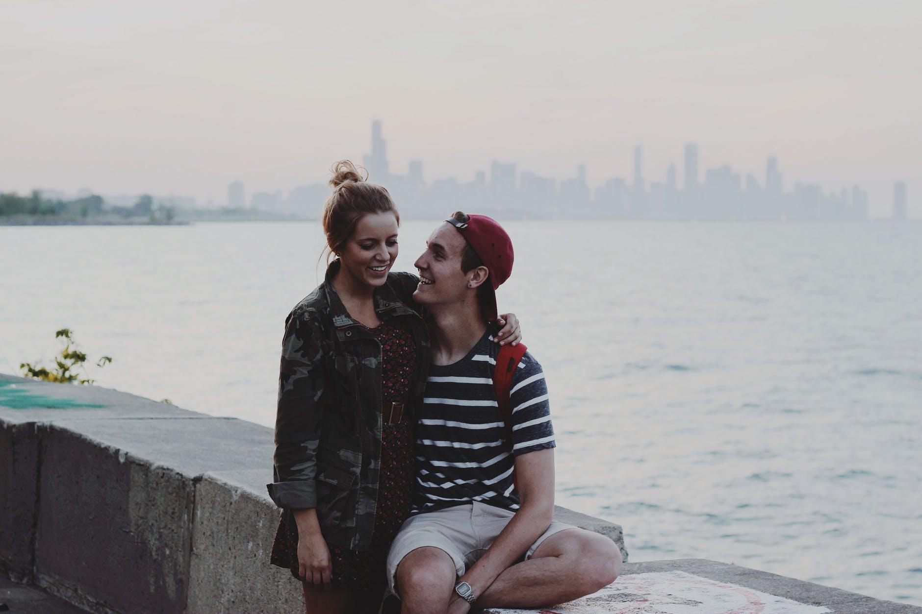 Što kad oboje očekuje da ih ono drugo usreći?