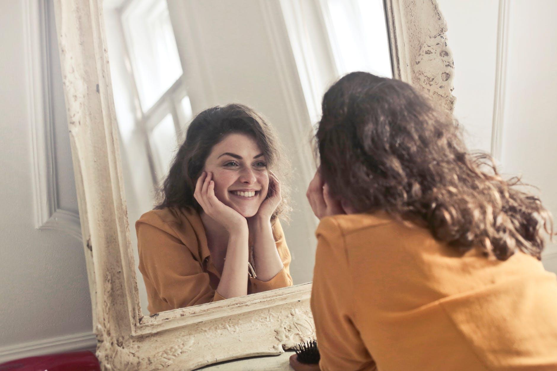 5 znakova koji pokazuju nedostatak vitamina, a doslovno pišu na licu