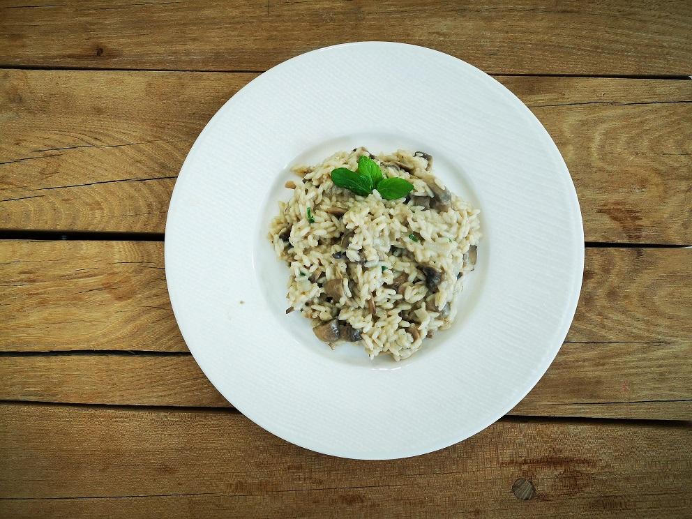 #MmmarijaKuha: Kuhanje kao odmor ili rižoto s gljivama i mentom