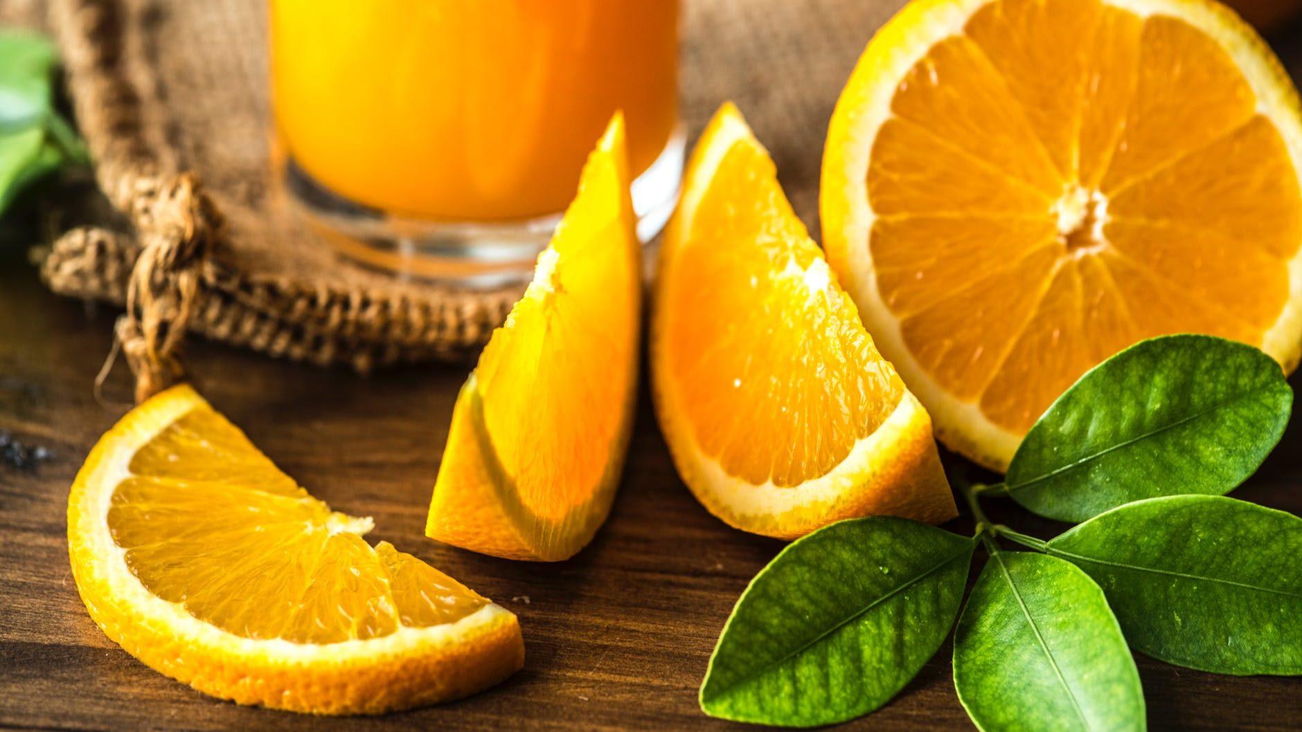 Tri odlična napitka za regulaciju hormona koje bismo trebale piti svaki dan