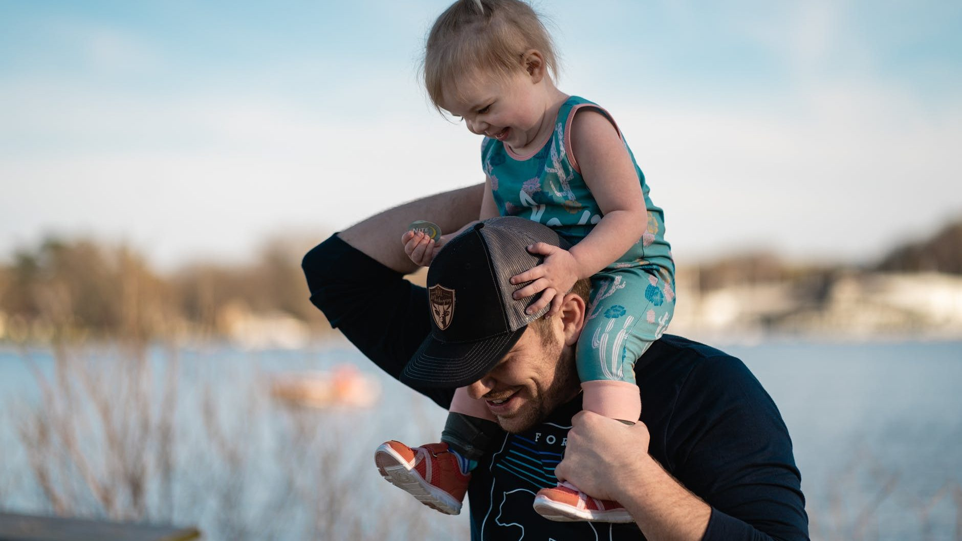 Ima neka tajna veza: O očevima i kćerima