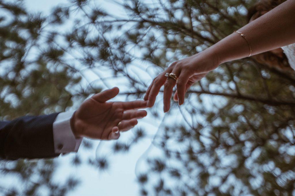 Trebamo naučiti da drugi ljudi nisu ovdje da bi ispunjavali naše želje...