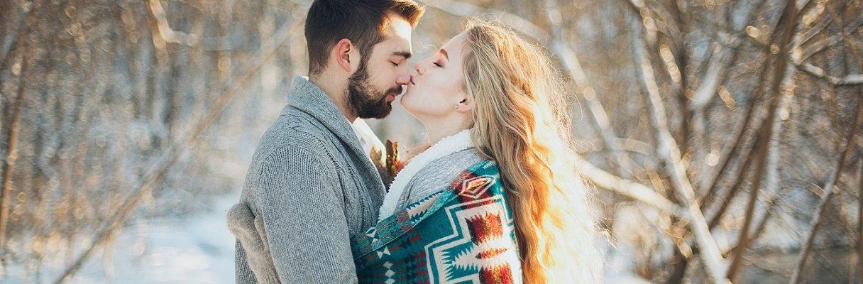 Pismo svim muškarcima: Zagrljaj jači od straha , Ljubavni horoskop za studeni: Neke gađa Amorova strelica, neki joj vješto izmiću...