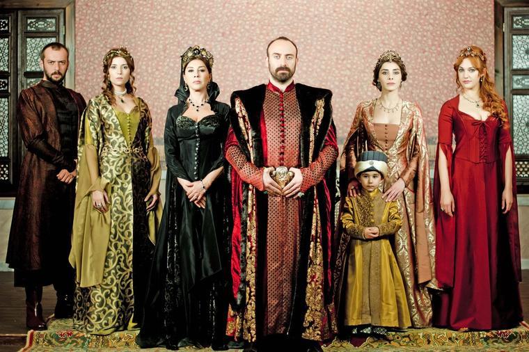 Sultan je imao četiri žene: Kada je umirao, samo je jedna ostala uz njega!