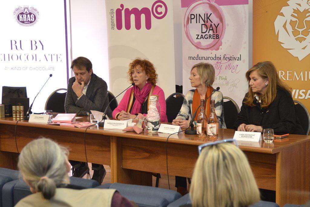 Iako je odgođen, Pink Day nastavlja misliti ružičasto