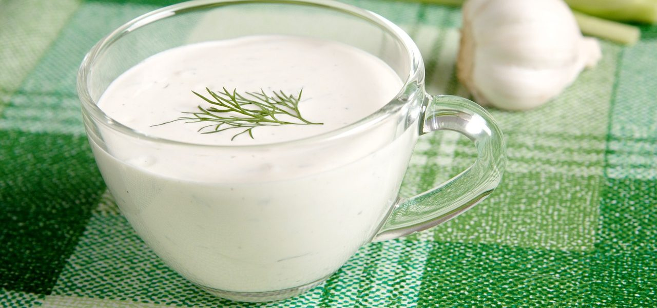 Za prste polizati – Umak za salatu od tahinija i đumbira