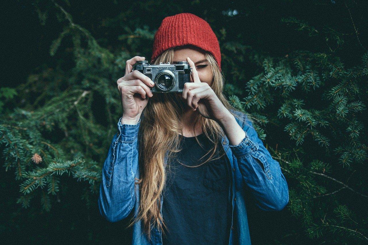 Zašto kolaž štampanih fotografija predstavlja savršen poklon?