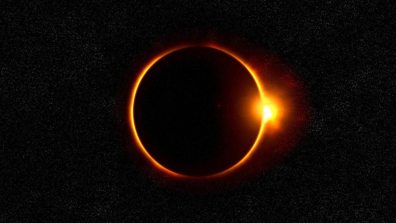 Pomrčina Mjeseca 05.06. i pomrčina Sunca 21.06.